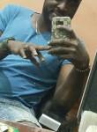NiNo, 32  , Douala