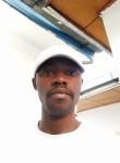 Hervé, 25  , Kinshasa