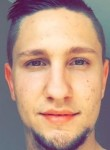 Sullivan, 24  , Chalons-en-Champagne