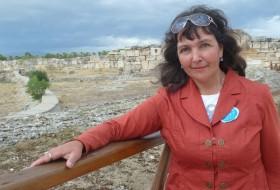 Larisa, 51 - Just Me