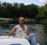 Vladimir, 49 - Just Me