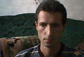 Eduard, 46 - Just Me