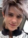 Dmitriy , 18  , Azov