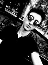 Rustam, 20, Russia, Lazarevskoye