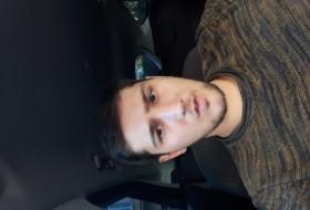 Khashim, 23 - Just Me