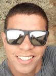 Eduardo Lucas , 20  , Santa Luzia (Minas Gerais)