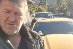 Sargis, 36 - Just Me