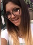 Erika, 20  , Santa Teresa di Riva