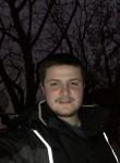 daniel, 22  , Windsor