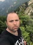 Mustafa Georgi, 40  , Budapest