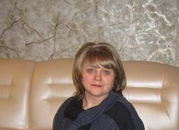 Yulia, 60 - Just Me