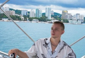 Andrey, 23 - Just Me