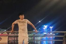Hoàng, 29 - Just Me
