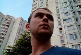 Zhenya, 28 - Just Me