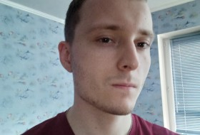Viktor, 26 - Just Me