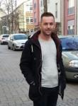 Ylli, 34  , Mitrovice