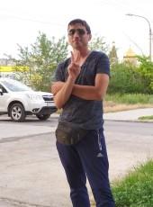 Evgeniy, 32, Russia, Volzhskiy (Volgograd)