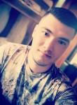 Ruslan, 21  , Kirgili