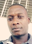 Ulrich, 36  , Libreville