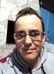 Douglas, 34  , Porto Alegre
