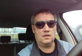 Andrey, 51 - Just Me