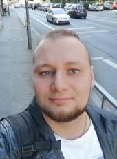 Oleg, 23, Germany, Wuppertal