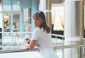 Dina, 34 - Just Me