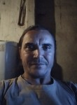 Valdenir, 44  , Londrina