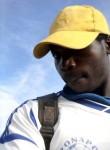 bomba pierre, 18  , Yaounde