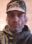 Valeri, 45  , Xankandi