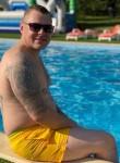 Maks, 38  , Saint Petersburg