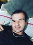 Vitor, 22  , Cravinhos