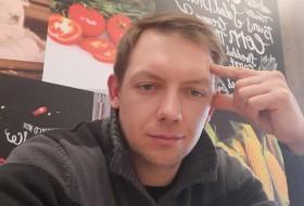 Dmitriy , 36 - Just Me