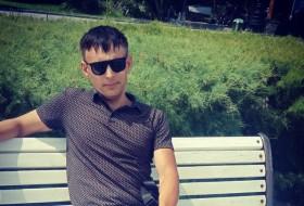 Grigoriy , 40 - Just Me