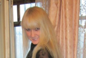 Lina, 44 - Just Me