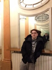 Mathis , 18, France, Sens