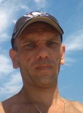 Aleksey, 39, Russia, Iksha