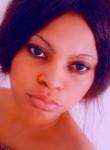 Ossissi Emyl, 36  , Libreville
