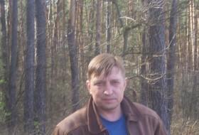 Startik, 59 - Just Me