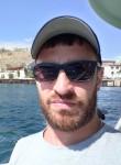 Maksim, 27, Yekaterinburg
