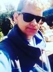 Lucas Ferreira, 18  , Pando