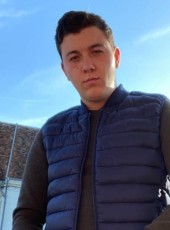 Laurent, 20, France, Paris