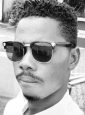 Teddy, 18, Nigeria, Epe