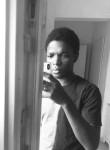 Eduardo, 18  , Luanda