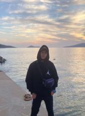 Tufan, 22, Turkey, Istanbul