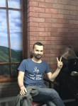 Maksim, 34, Rome