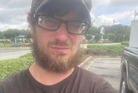 Jonathan, 24 - Just Me