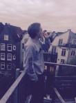 brent, 22  , Son en Breugel
