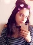 Océane, 20  , Charleville-Mezieres