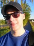 Tobias , 18  , Herford